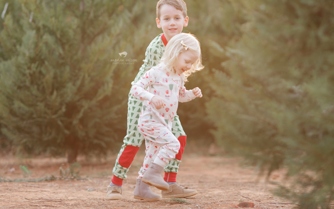 My Little Elves – {Atlanta Woodstock Child Photographer}